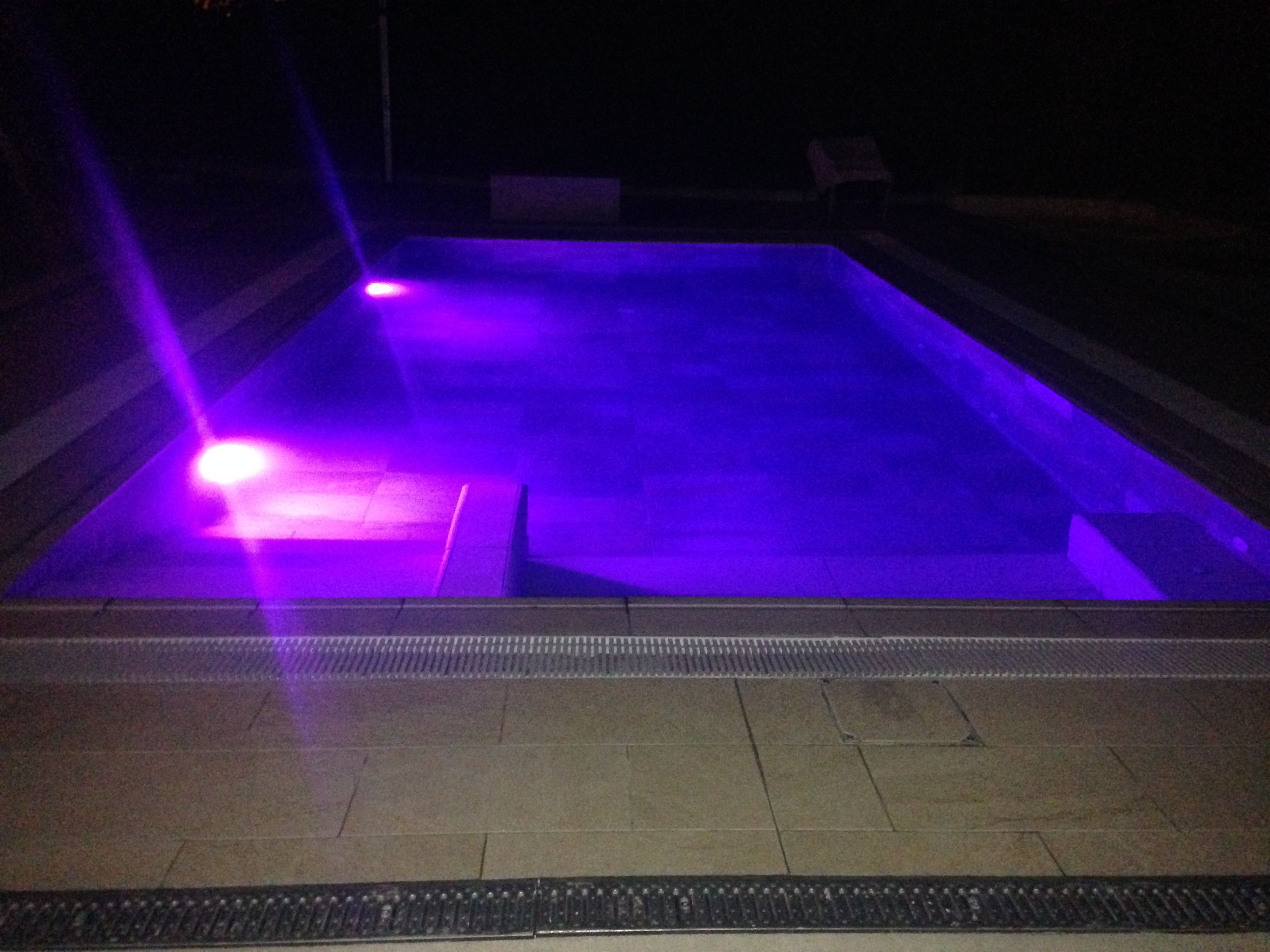 loxone_aquastar_piscina_LED_3
